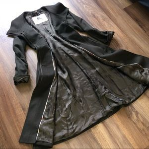 Authentic Burberry Car Coat Brown Size 4